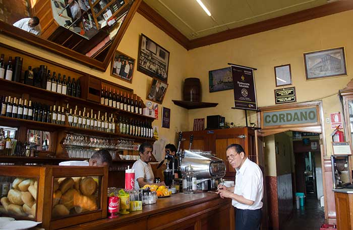 Counter at Cordano bar in the Lima's historic center