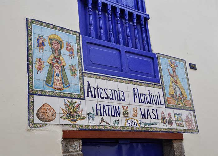 Front of the Mendivil gallery and museum in Cusco