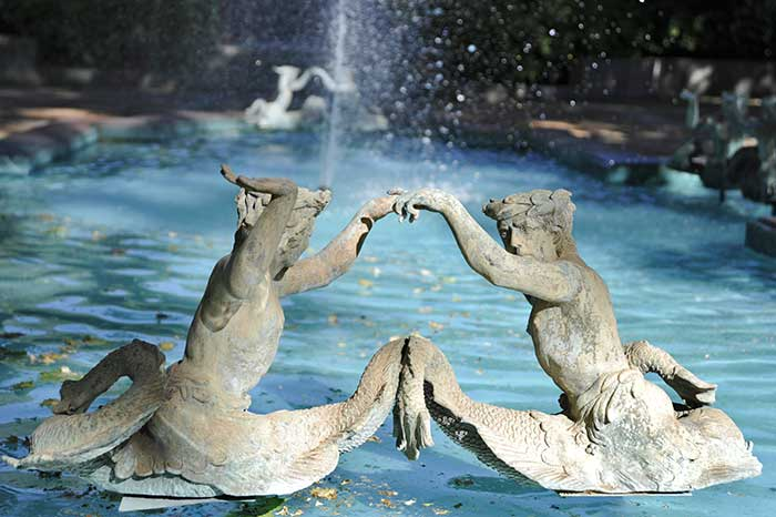 Santiago's Vineyards - Pond with 2 sculptures at Santa Rita winery - Maipo Valley - Chile